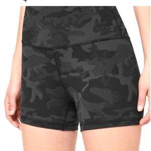 Align 4 inch shorts